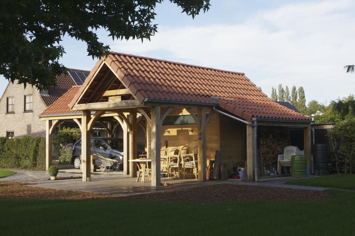 houten-tuinhuis op maat plaatsen